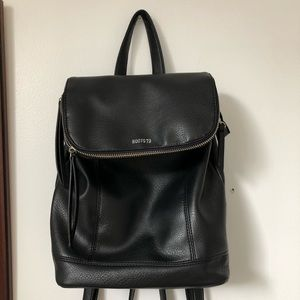 Roots black leather backpack